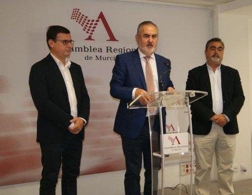 González Tovar afirma que Pedro Sánchez está siendo coherente con su promesa al electorado de no apoyar un gobierno de Rajoy