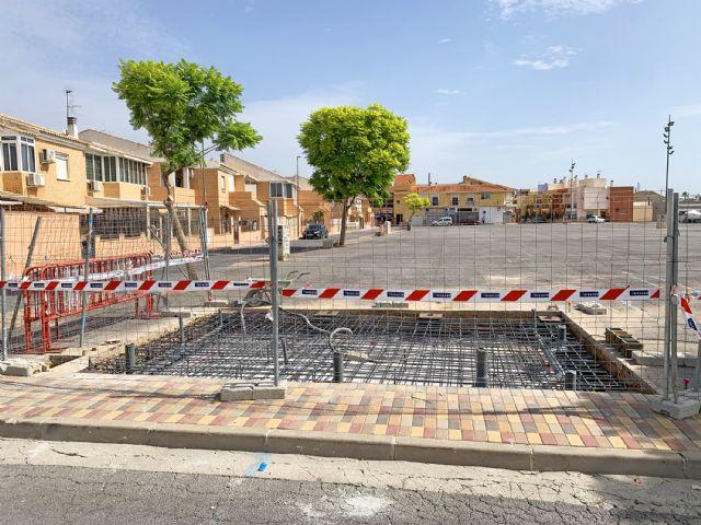 Comienzan las obras para instalar aseos públicos en la explanada del mercado semanal - 3, Foto 3