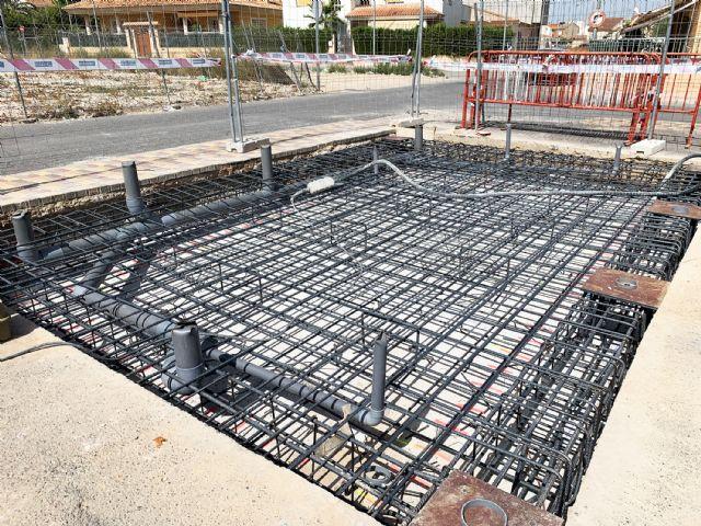 Comienzan las obras para instalar aseos públicos en la explanada del mercado semanal - 4, Foto 4