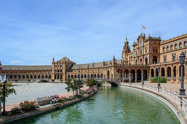 Campaña para el Día Internacional del Turismo en Sevilla - 1, Foto 1