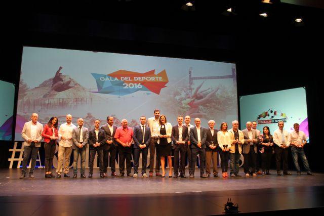 Lleno absoluto en la gran Gala del Deporte 2016 que contó con deportistas de élite y un homenaje a la UCAM - 1, Foto 1
