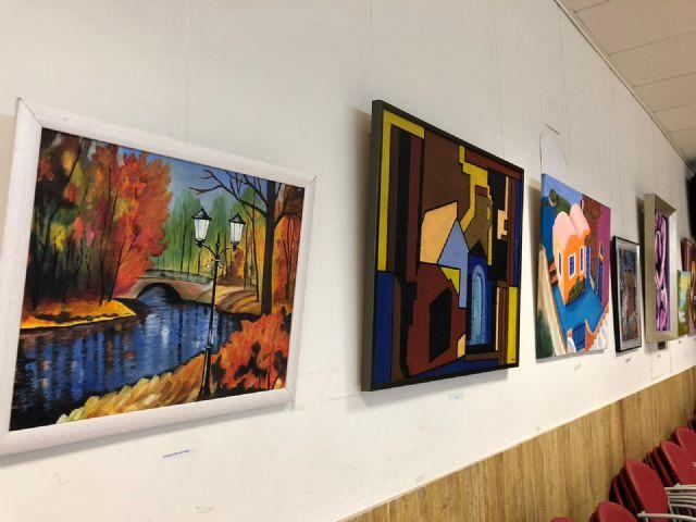 La exposición ´Los mayores también pintan´ permite contemplar 31 obras realizadas por socios de estos centros municipales - 3, Foto 3
