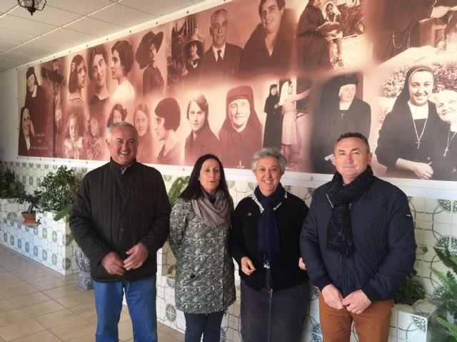 El PP lamenta el desplante del alcalde a la Directora General de Centros Educativos en su visita al colegio Juana Rodríguez. - 2, Foto 2