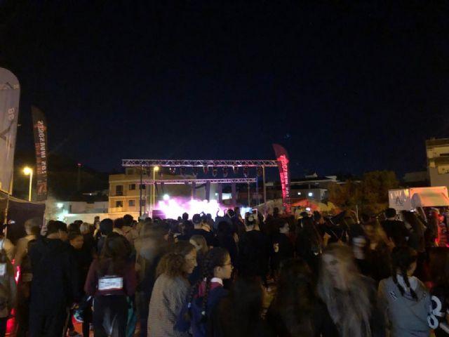 500 invasores tomaron las calles de Mazarrón en una noche terrorificamente divertida, Foto 1