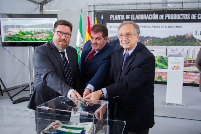 ELPOZO ALIMENTACIÓN coloca la primera piedra de su nueva planta de elaboración de productos de cerdo ibérico, Foto 2