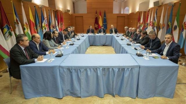 López Miras anuncia acciones legales ante la decisión del Gobierno de España de cerrar el trasvase Tajo-Segura