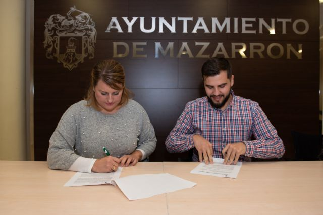 Un convenio promueve la generación de empleo entre candidatos del municipio en el Centro Comercial Mazarrón Park - 1, Foto 1