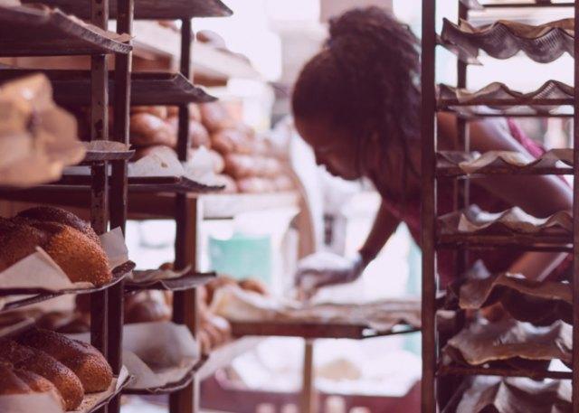 Black Friday: UATAE llama a un consumo responsable y a acudir al pequeño comercio - 1, Foto 1