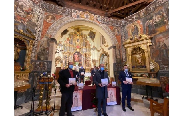 The new edition of Cuadernos de La Santa 2020 is presented, which has one more year with numerous photos from Totana.com