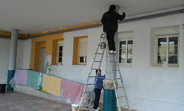 Acometen obras en los colegios de Totana coincidiendo con las fiestas navideñas, Foto 3