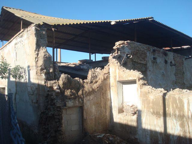 La Junta Municipal de La Arboleja advierte sobre graves daños en el Molino del Amor - 2, Foto 2