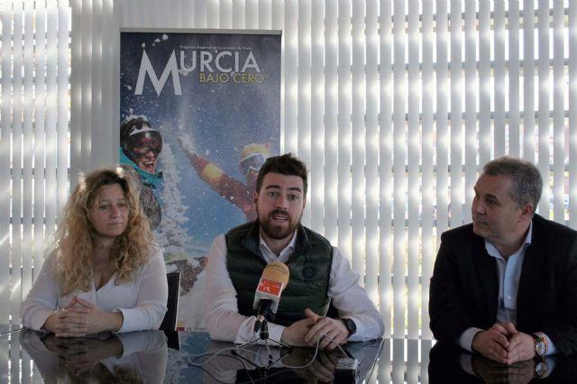 Alcantarilla colabora otro año más en el programa para jóvenes Murcia Bajo Cero°, de viajes a la nieve para esquiar en Sierra Nevada y La Masella - 3, Foto 3