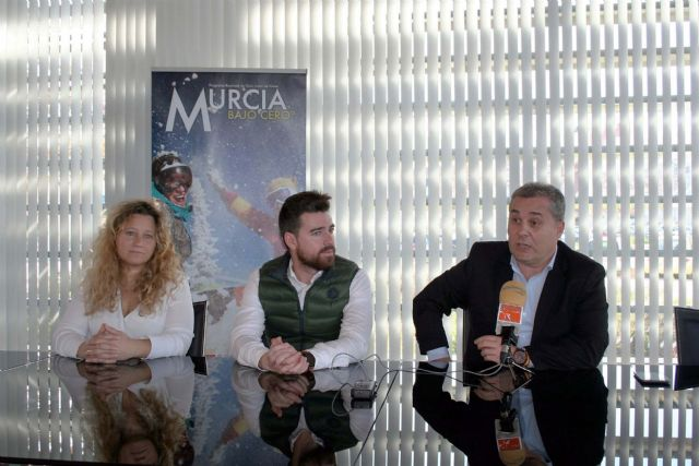 Alcantarilla colabora otro año más en el programa para jóvenes Murcia Bajo Cero°, de viajes a la nieve para esquiar en Sierra Nevada y La Masella - 5, Foto 5