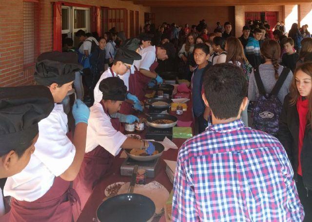 Alumnos del Aula Ocupacional participan en diversas actividades complementarias programadas para el primer trimestre del curso 2016/17, Foto 1