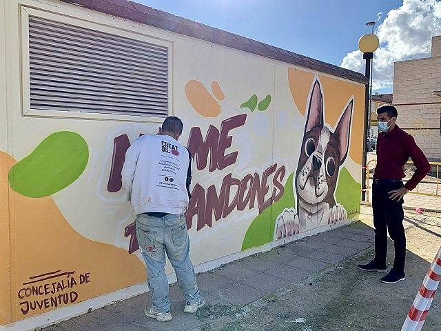 La Concejalía de Juventud pinta murales artísticos en Alguazas - 1, Foto 1