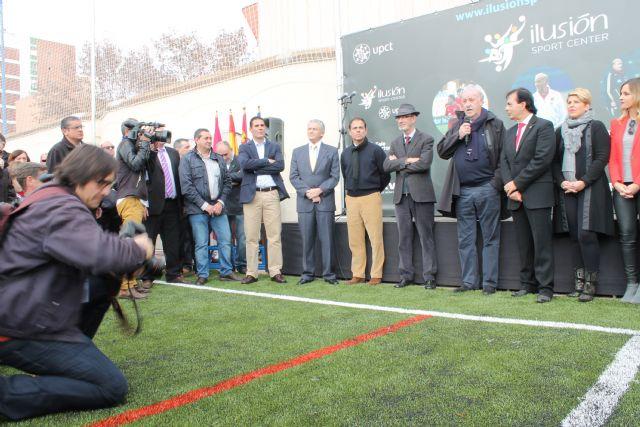 Vicente del Bosque inaugura las nuevas pistas de la UPCT en la Casa de la Juventud - 2, Foto 2