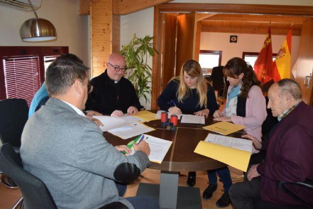 Ayuntamiento  y asociaciones de servicios sociales renuevan su convenio para atender a personas necesitadas y dependientes - 2, Foto 2