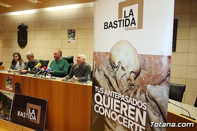 La Concejal�a de Yacimientos Arqueol�gicos aboga por proyectar una colecci�n museogr�fica permanente de La Bastida en la antigua sede del Centro de Artesan�a para mejorar la oferta tur�stica local, Foto 1