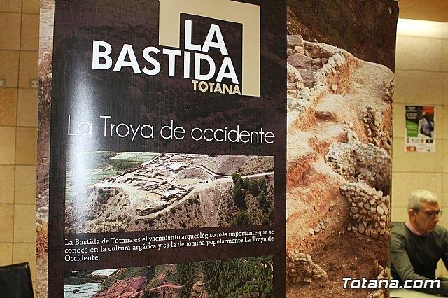 La Concejal�a de Yacimientos Arqueol�gicos aboga por proyectar una colecci�n museogr�fica permanente de La Bastida en la antigua sede del Centro de Artesan�a para mejorar la oferta tur�stica local, Foto 4