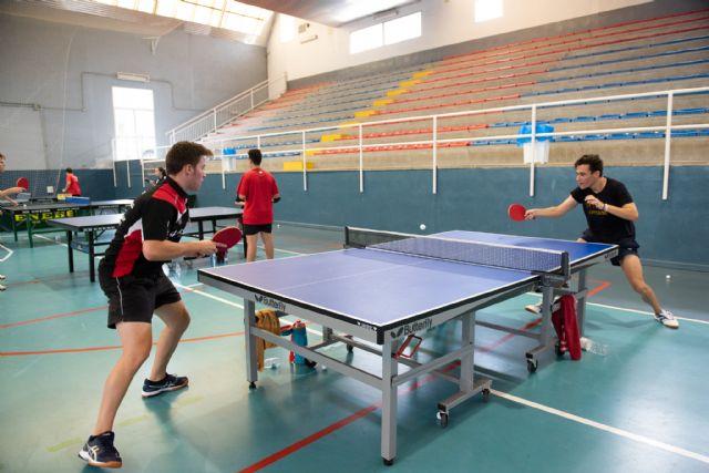 Jornada de tenis de mesa de la zona sur en el pabellón de la Aceña, Foto 1