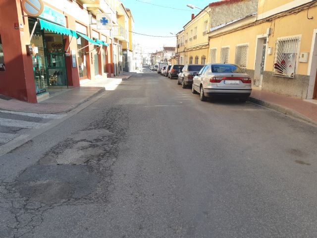 They approve to start the contract to renew the drinking water and sewerage networks and restitution of sidewalks in Teniente Pérez Redondo street, Foto 4