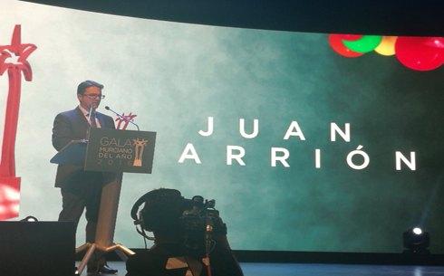 Juan Carrión, Presidente de FEDER y su Fundación recibe el premio Murciano del año 2016 en la categoría de Acción Social