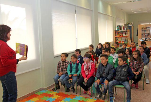 La Red Municipal de Bibliotecas de Puerto Lumbreras atrae a nuevos socios - 1, Foto 1