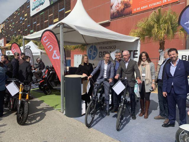 Centenares de personas se interesan por la movilidad eléctrica - 3, Foto 3