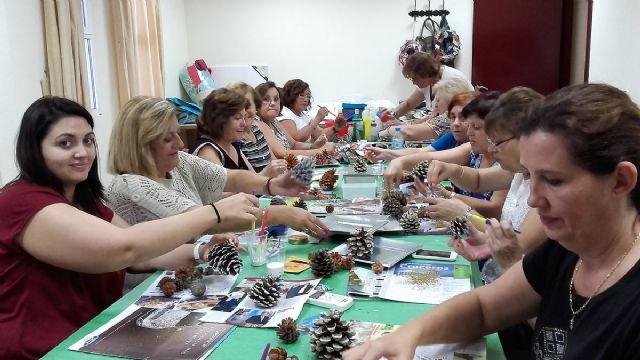 Mas de 1.300 personas participan en los talleres de la UP en barrios y diputaciones - 1, Foto 1