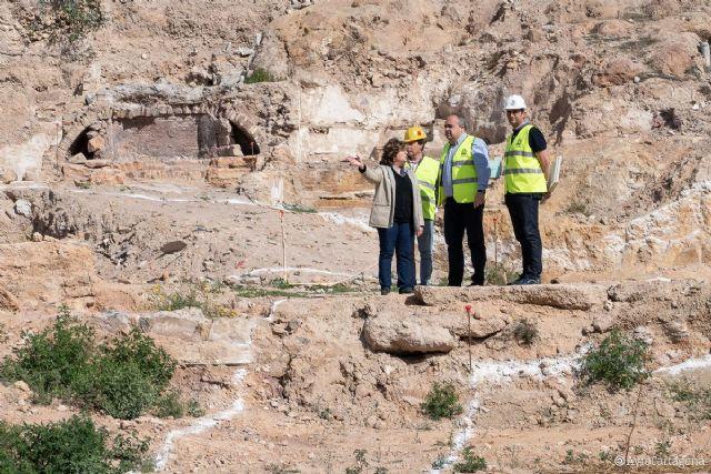 Comienzan las obras de la zona ajardinada del Monte Sacro tras encontrar una pileta romana - 1, Foto 1