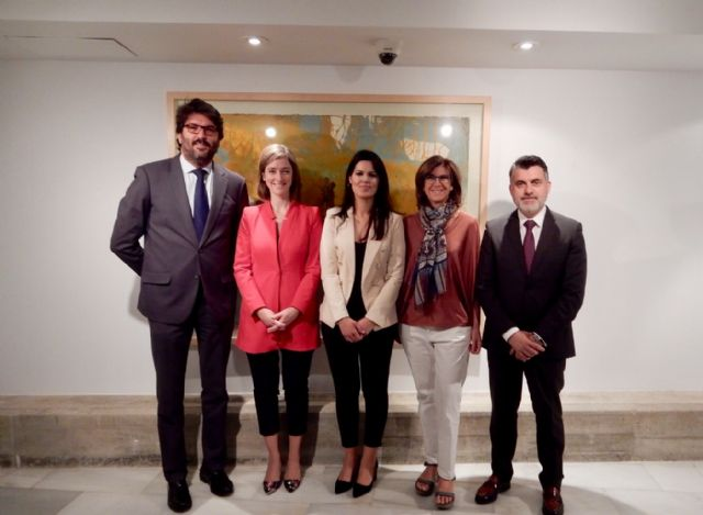Toma de posesión de los directores generales de la Consejería de Turismo y Cultura - 1, Foto 1