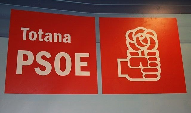 The PSOE manifests its most resounding and firm support to those affected by the AVE and the demands of the AVE Platform Totana-Fuerza Ciudadana