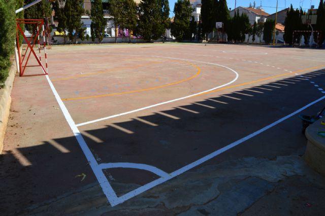 Continúan los trabajos municipales de mantenimiento de colegios en Las Torres de Cotillas - 1, Foto 1