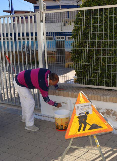 Continúan los trabajos municipales de mantenimiento de colegios en Las Torres de Cotillas - 2, Foto 2