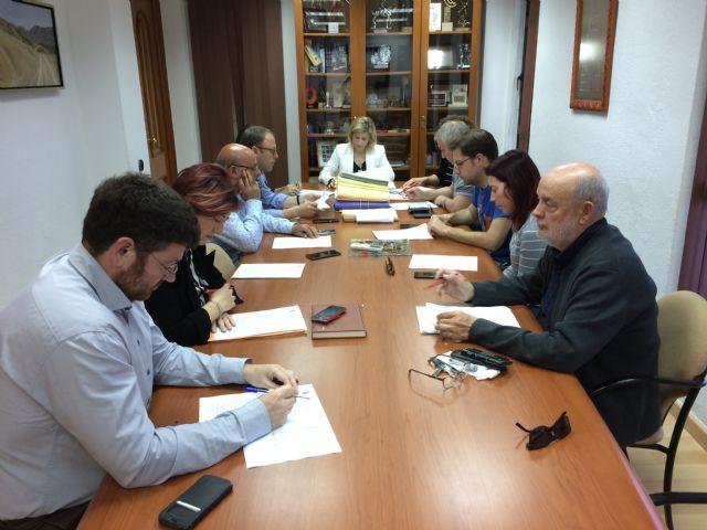 La Junta de Gobierno Local de Molina de Segura adjudica la asistencia técnica para la dinamización de centros sociales y Juntas de Zona y el desarrollo de Presupuestos Participativos 2020 - 1, Foto 1