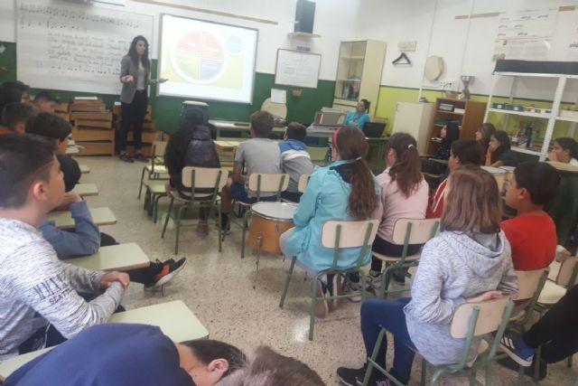 Día de aprendizaje sobre nutrición y deporte en los colegios Concepción Arenal y San Fulgencio - 1, Foto 1