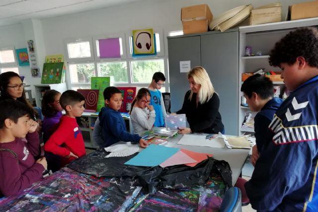 Los vocales infantiles del Consejo Municipal de Infancia y Adolescencia visitan la sede de la asociación ASIDO - 1, Foto 1
