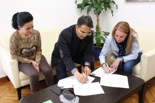 El Ayuntamiento colaborará con D´Genes para la calidad en la atención de personas con enfermedades poco frecuentes - 2, Foto 2