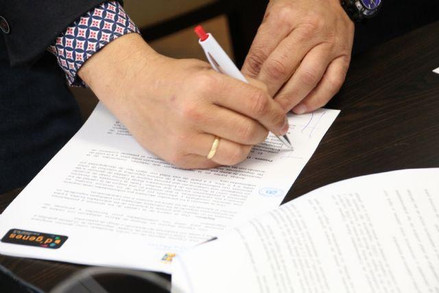 El Ayuntamiento colaborará con D´Genes para la calidad en la atención de personas con enfermedades poco frecuentes - 3, Foto 3