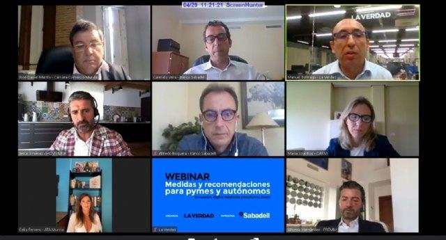 Técnicos del CDL participan en el webinar