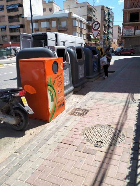 La localidad cuenta desde hoy con 20 nuevos contenedores más para aceite usado - 2, Foto 2