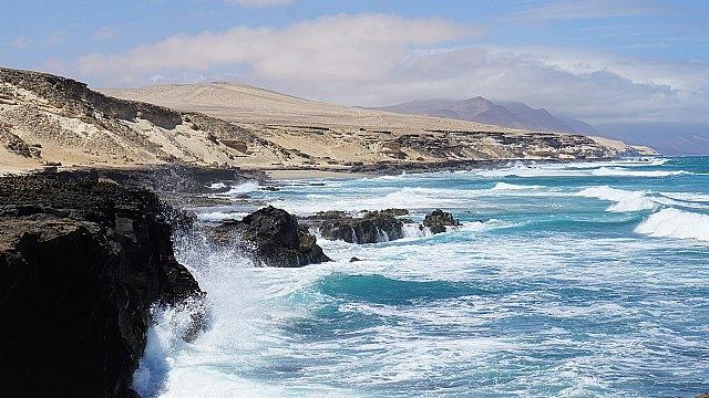El turismo nacional dispara las conexiones por aire con Canarias - 1, Foto 1