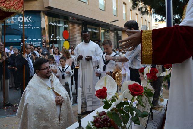 Los niños de comunión procesionan con motivo del Corpus Christi - 4, Foto 4