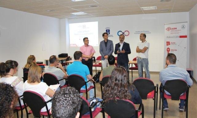 Caravaca de la Cruz acoge el primer taller del nuevo ciclo de comercio electrónico con un curso sobre páginas web
