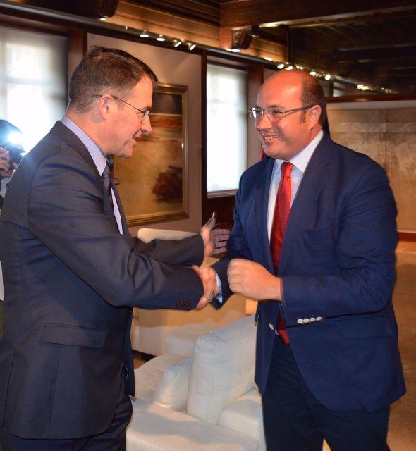 Pedro Antonio Sánchez se reúne con el vicepresidente de Sabic en Europa - 1, Foto 1