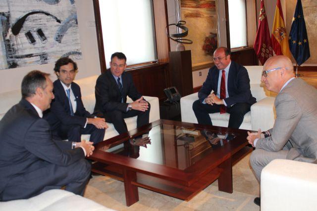 Pedro Antonio Sánchez se reúne con el vicepresidente de Sabic en Europa - 2, Foto 2