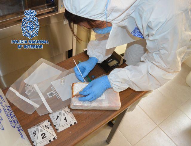Un kilogramo de cocaína incautado y dos detenidos en un control en vía pública de la Policía Nacional - 1, Foto 1
