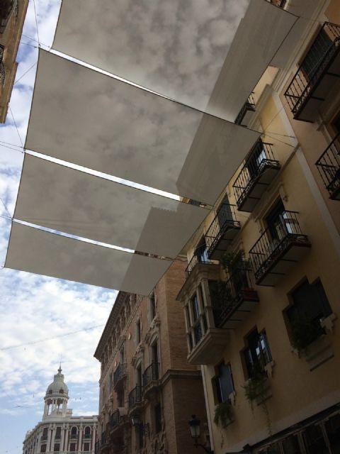 Comienza la instalación de los toldos en Platería y Trapería - 1, Foto 1