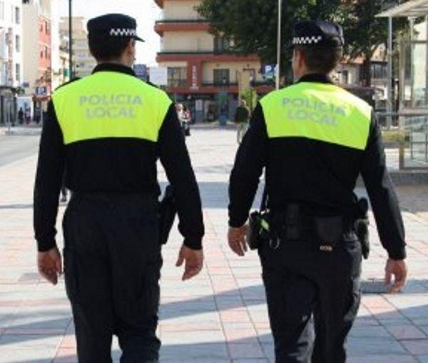 La Policía Local de Alhama resuelve la desaparición de un menor, Foto 1