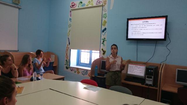 Un total de 15 jóvenes participan en la actividad del  Club de Idiomas preparatoria para obtener el B2 por la Universidad de Cambridge - 3, Foto 3